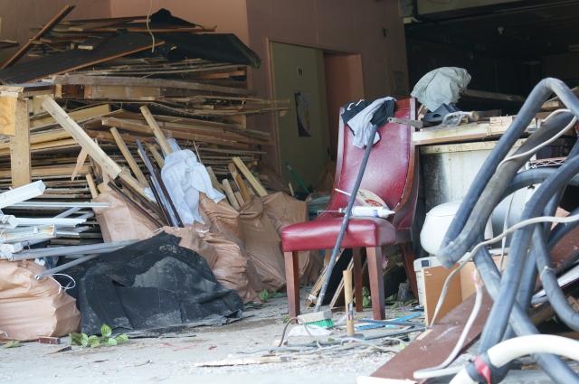 【ゴミ屋敷の70%は女性】その原因は買い物依存症?その心理について解説!