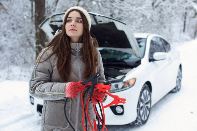 【最新版】車のバッテリー処分方法5選!オートバックスでも無料回収可能