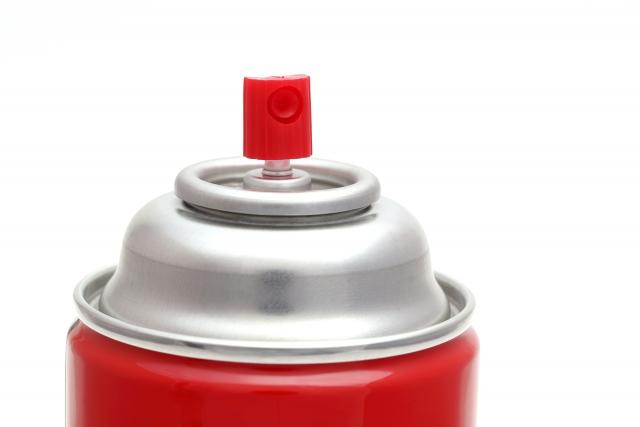 """【完全版】スプレー缶の正しい捨て方・処分方法。絶対に""""してはいけない""""ことも"""