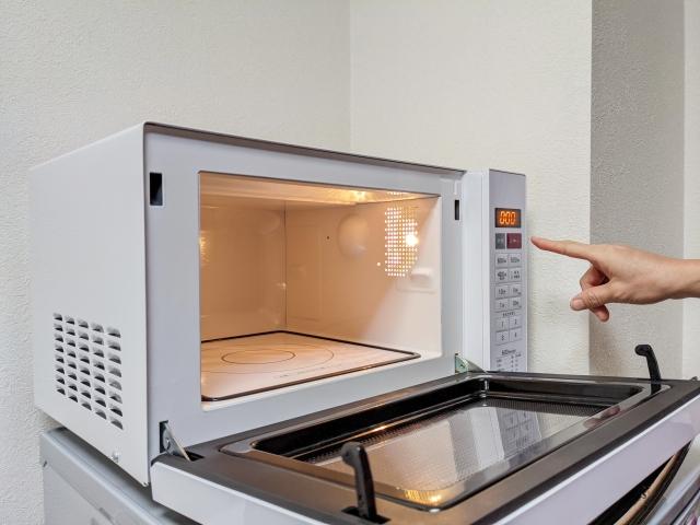 電子レンジやオーブンレンジの処分方法!安い料金で済ませるコツは?